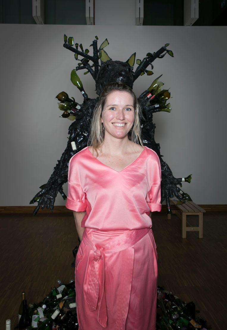 Een bezoeker van het museum De KAdE. Beeld Judith Jockel