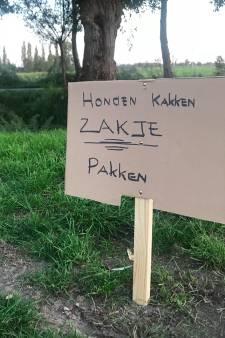 Anonieme Nieuw-Lekkerlander is hondenpoep beu