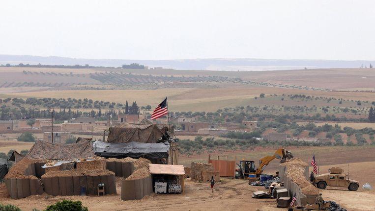 De Amerikaanse legerbasis bij Manbij in Syrië. Beeld REUTERS
