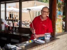 Iedereen in Loon op Zand kent Jan 'de Golfman' van Lieshout: 'Werken houdt mij jong'