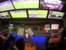 Un arbitre utilise son smartphone: nouvelle polémique autour du VAR