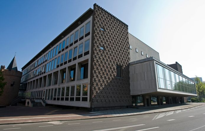 Het provinciehuis in Arnhem.