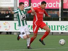 Achilles Veen ziet AZSV periodetitel pakken na vroege goal
