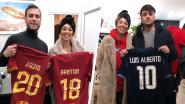 """Mevrouw Nainggolan vecht zelf tegen kanker en veilt voetbalshirts voor jonge lotgenoten: """"Dit geeft me kracht"""""""