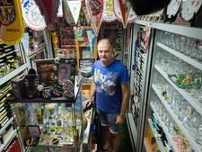 Voetbaltrainer uit Raamsdonksveer heeft zijn eigen voetbalmuseum