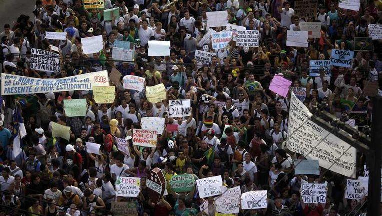 De protesten kunnen de Confederations Cup blijkbaar niet stoppen. Beeld reuters