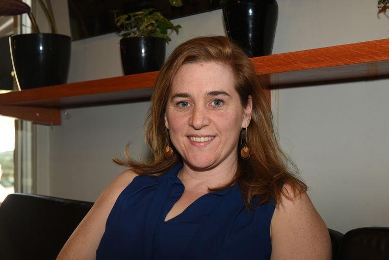 De 39-jarige Elke Van den Brandt uit Ganshoren, verhuisde voor haar studies naar Brussel. Sinds haar studententijd is ze actief bij Groen en de ambitie om dingen te veranderen is sterker dan ooit. Ze wil mee aan die Brusselse kar trekken en de groene golf van de lokale verkiezingen doorzetten.