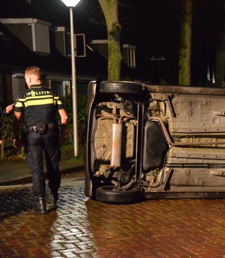 Auto vliegt uit de bocht in Stationsstraat in Etten-Leur, bestuurster mee naar bureau