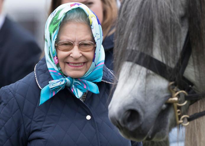 Koningin Elizabeth II op de vierde dag van de Royal Windsor Horse Show. Foto Stephen Lock