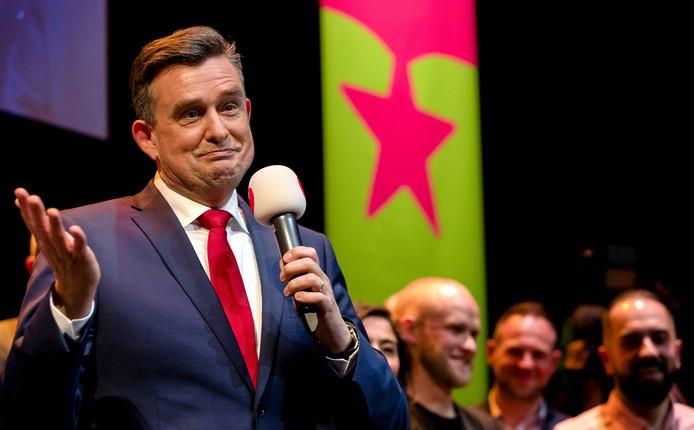 Fractievoorzitter Emile Roemer tijdens de verkiezingsavond van de SP.