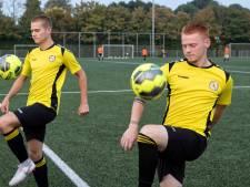 Thoolse voetbalbroers willen op z'n Nieuwkoops scoren