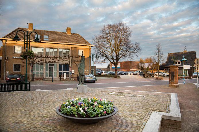 Het voormalige Rabobankpand op De Heuvel in Lieshout.