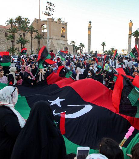 'Regeringsleger Libië en krijgsheer Haftar akkoord over wapenstilstand'