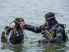 Zwevend over de bodem van het Grevelingenmeer: een duik in het open water