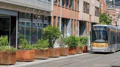 Bloembakken maken baan vrij voor trams