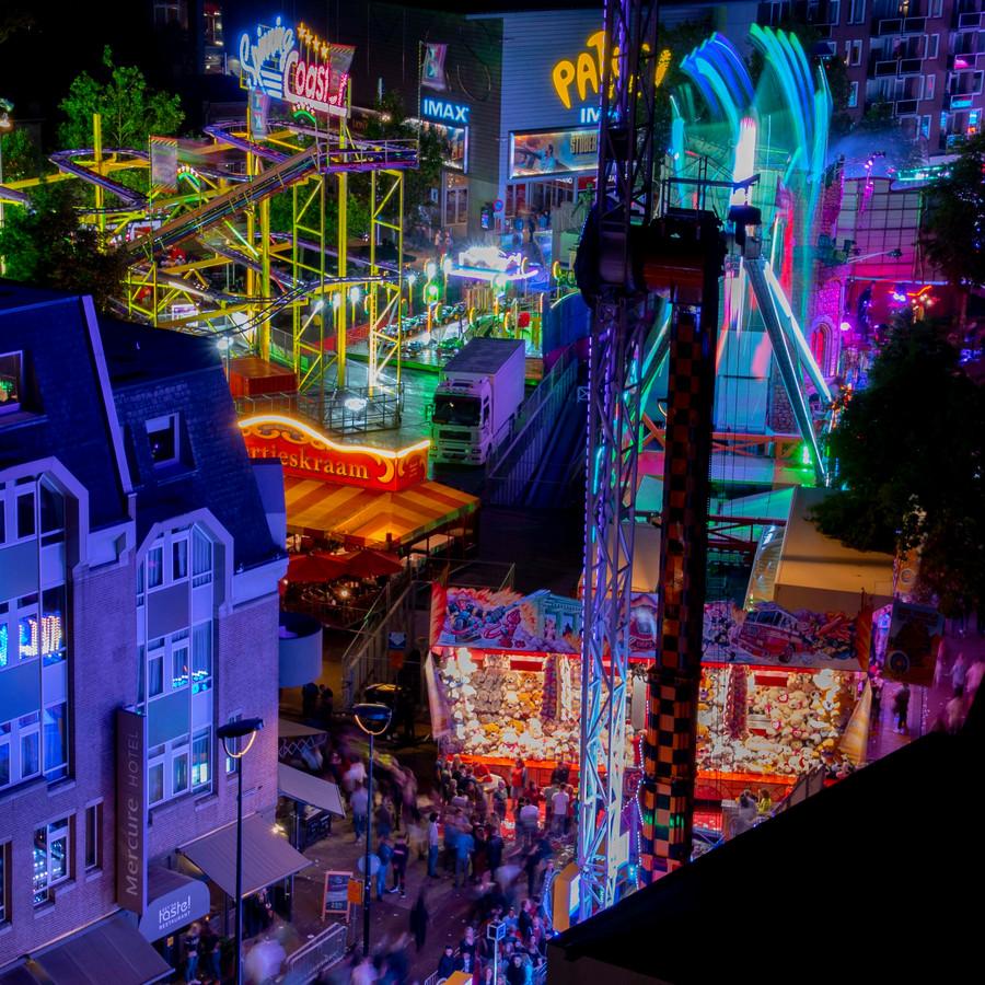 De kleurrijke kermis van Tilburg begon aan een goed openingsweekend.