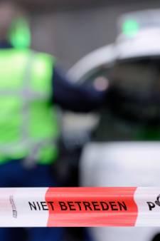 Buitenlandse touringcar beschoten in Amsterdam