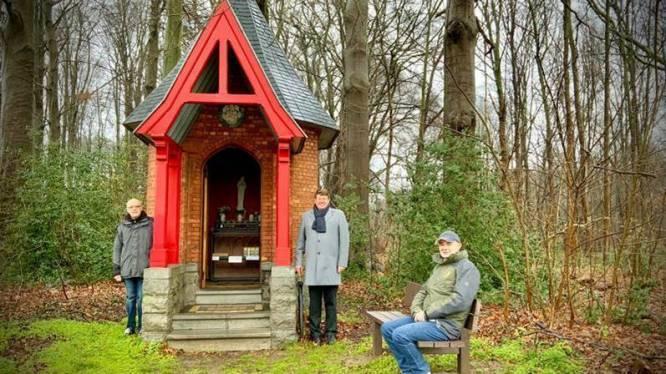 """Zitbankje aan kapel in kasteelpark d'Ursel: """"Een enorme meerwaarde"""""""