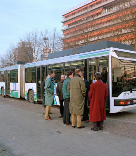 Een proefritje met de 'superbus' haalde in 1992 de Utrechtse tramplannen onderuit