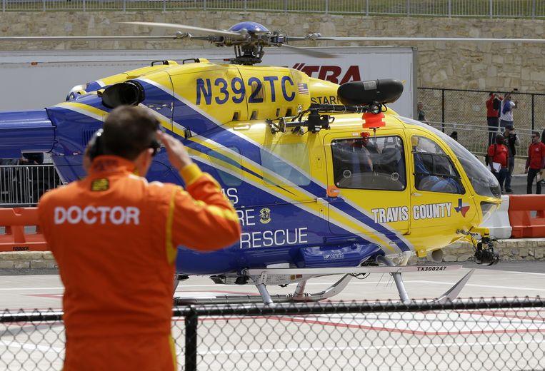 Iwema wordt per helikopter afgevoerd. Beeld ap