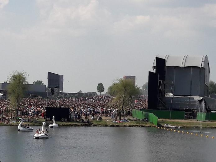 Pvda Utrecht Festivals Moeten Verplicht Zorgen Voor Gratis Water