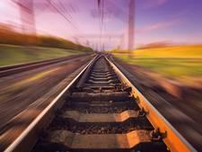 ProRail doet proeven met zelfrijdende treinen, mogelijk oplossing voor druk traject Eindhoven-Amsterdam