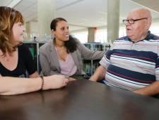 Tweede verwendag voor ouderen in Woudrichem: 'Heerlijk om mensen blij te maken'