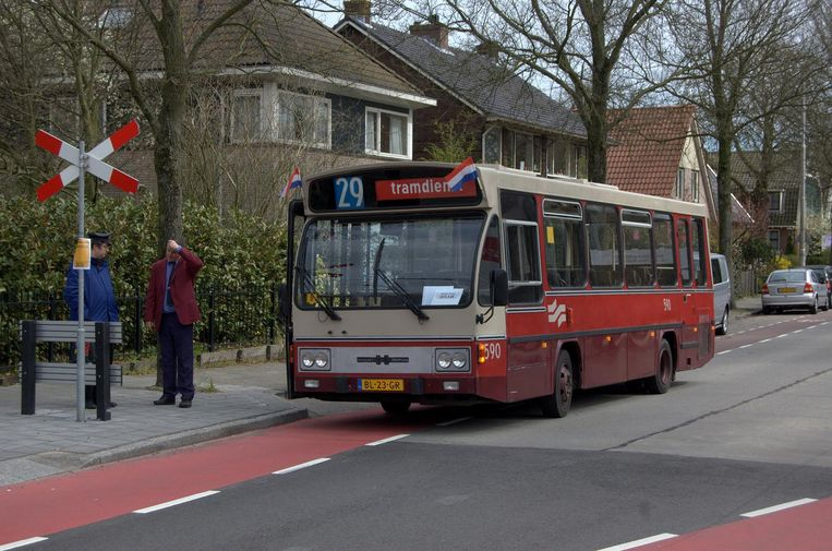 GVB 590, Noorddammerlaan. Beeld Bart flickr / CC