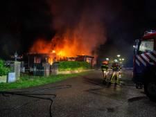 Chalet volledig uitgebrand op camping in Heerle