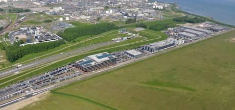 Vliegen met drone op open dag Valuepark