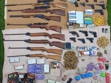 Celstraf voor man (49) uit Asten voor bezit wapenarsenaal