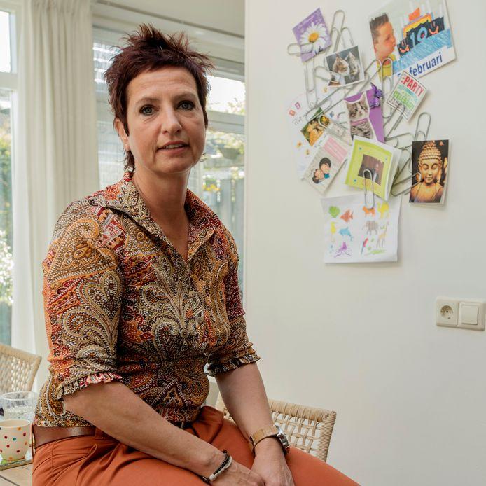 De Oisterwijkse Elisa Hoogendoorn schreef in 2015 een boek over het drama dat haar gezin trof.