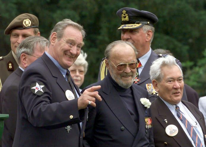 Jon Bluming (naast Prins Bernhard).