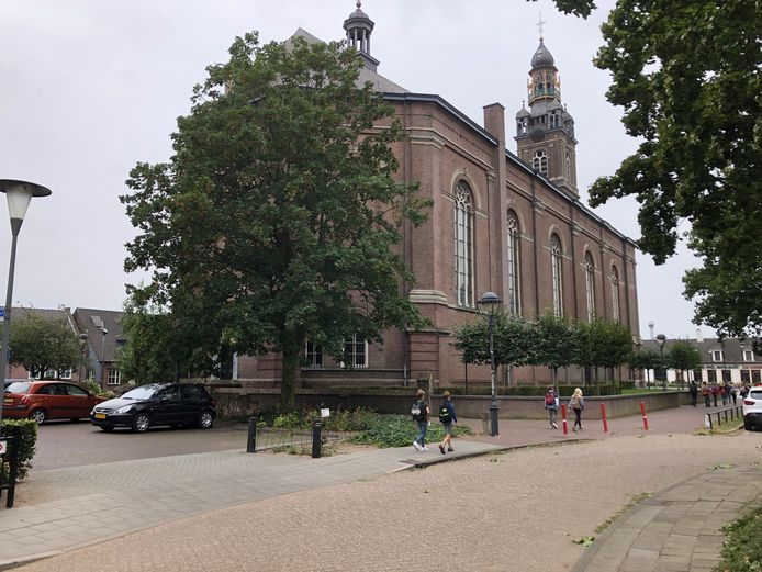 De Sint Servatiuskerk in Erp is in 1843 gebouwd.