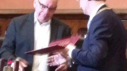 Daniël Termont krijgt 'medaille van erkentelijkheid'
