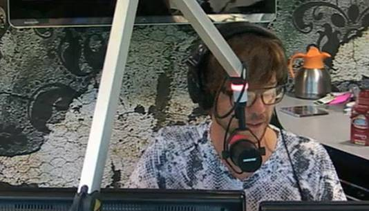 """Radiopresentator Giel Beelen kon zijn oren niet geloven toen hij """"Pim Fortuyn"""" aan de lijn kreeg."""
