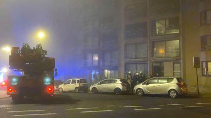 Negen bewoners van appartementsgebouw geëvacueerd door brand, vuur wellicht aangestoken