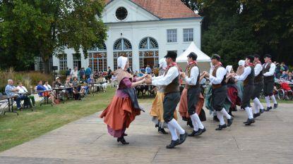 Delegatie uit Sint-Gillis-Waas bezoekt zusterstad Águeda voor jubileum folkloregroep