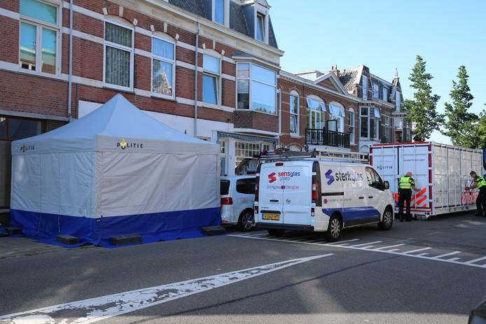 Overleden persoon aangetroffen in een woning aan de Neptunusstraat in Den Haag.