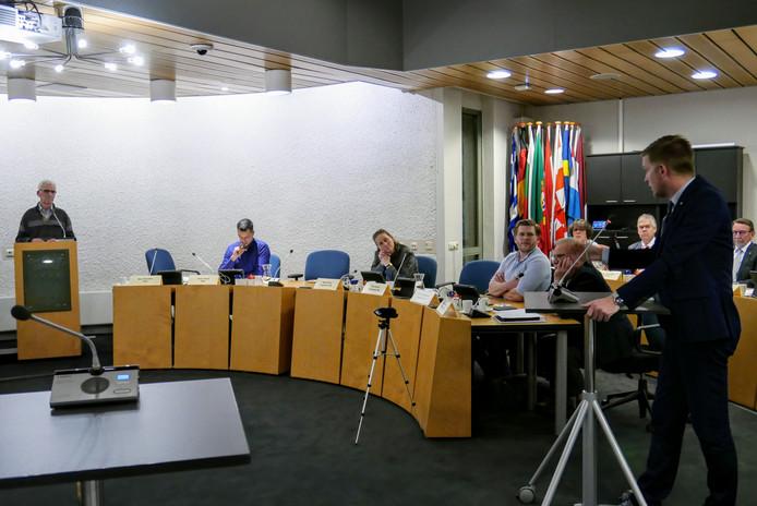 De gemeenteraad van Haaren werkte tijdens de behandeling van de laatste begroting voor het eerst met interruptiemicrofoons. Dat maakte het debat levendiger.
