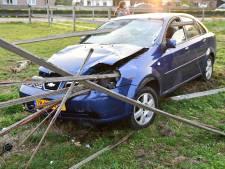 Vrouw bijna gespietst bij ongeluk in Putten