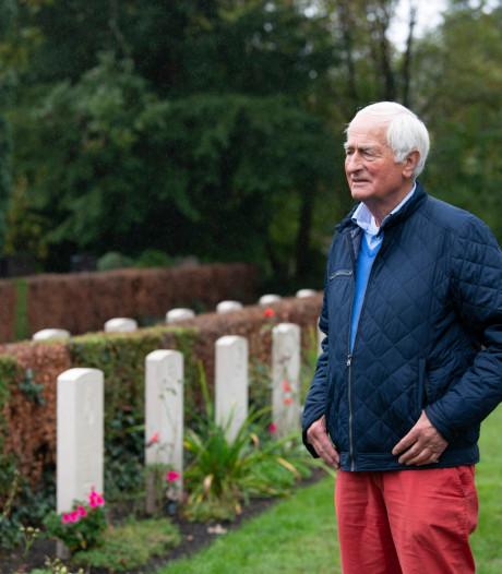 Acht graven in Enschede verbinden Twente met de Slag om Arnhem