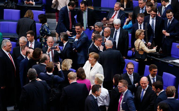 De nieuwe Duitse regering, een heruitgave van de Grote Coalitie, kan nu echt van start gaan.