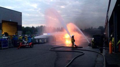 Reeks ontploffingen na zware brand in gasbedrijf