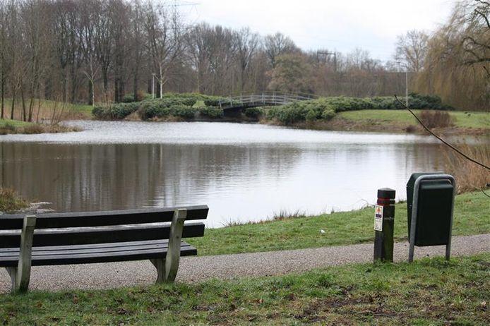 Een wandeling langs de Wierdense Stouwevijver is meestal bedoeld ter ontspanning.