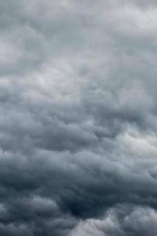 Hitte maakt plaats voor storm in Oost-Nederland