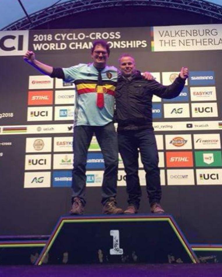 De twee Kempense dj's op het podium in Valkenburg.