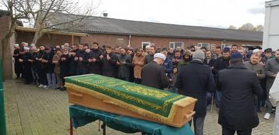 Moeder (46) van Turks gezin verongelukt na condoleancebezoek in Frankrijk