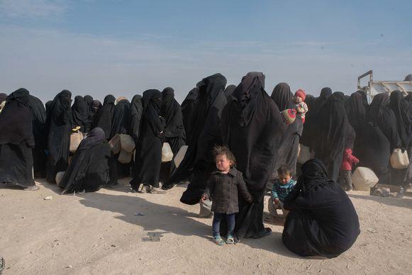 Vrouwen en kinderen in het opvangkamp Al Hol in Syrië, 4 december 2019.