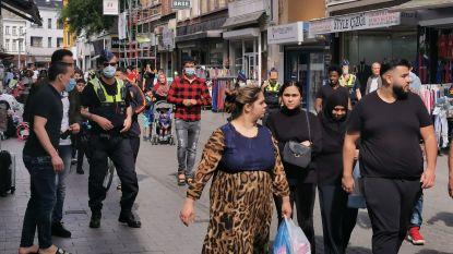 Het is té druk in Antwerpen: politie voert éénrichtingsverkeer in voor voetgangers in twee winkelstraten